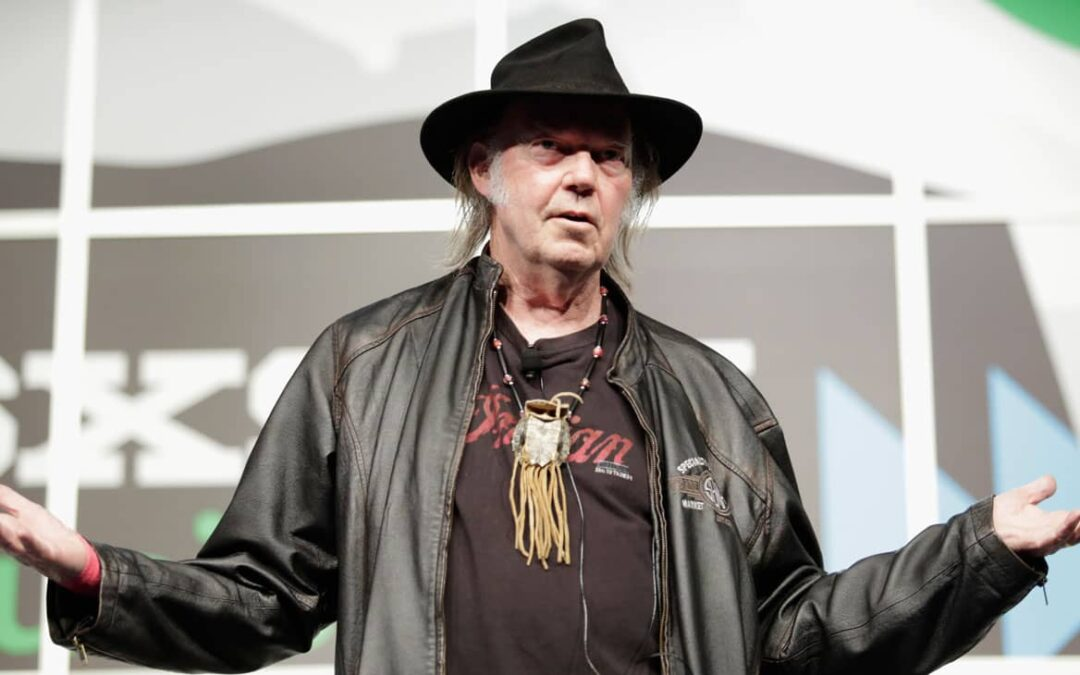 Neil Young returns to 1971